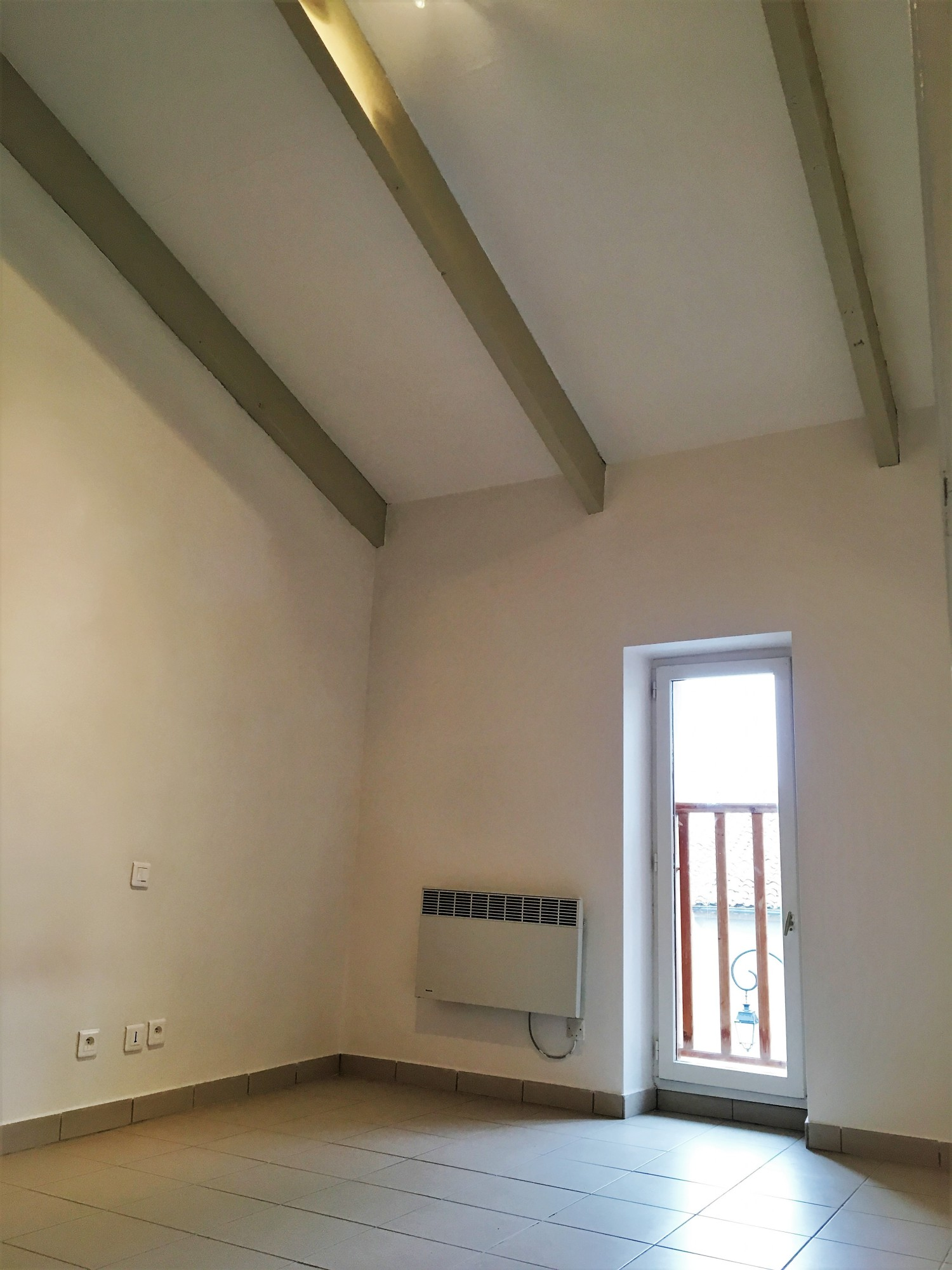 Vente APPARTEMENT  T2 SAINT ZACHARIE Appartement T2 44m² + mezzanine