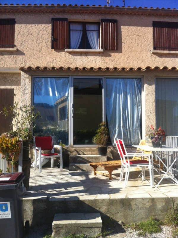 Locations locations appartement t3 f3 sanary sur mer portissol terrasse jardin proche mer - Location garage sanary sur mer ...
